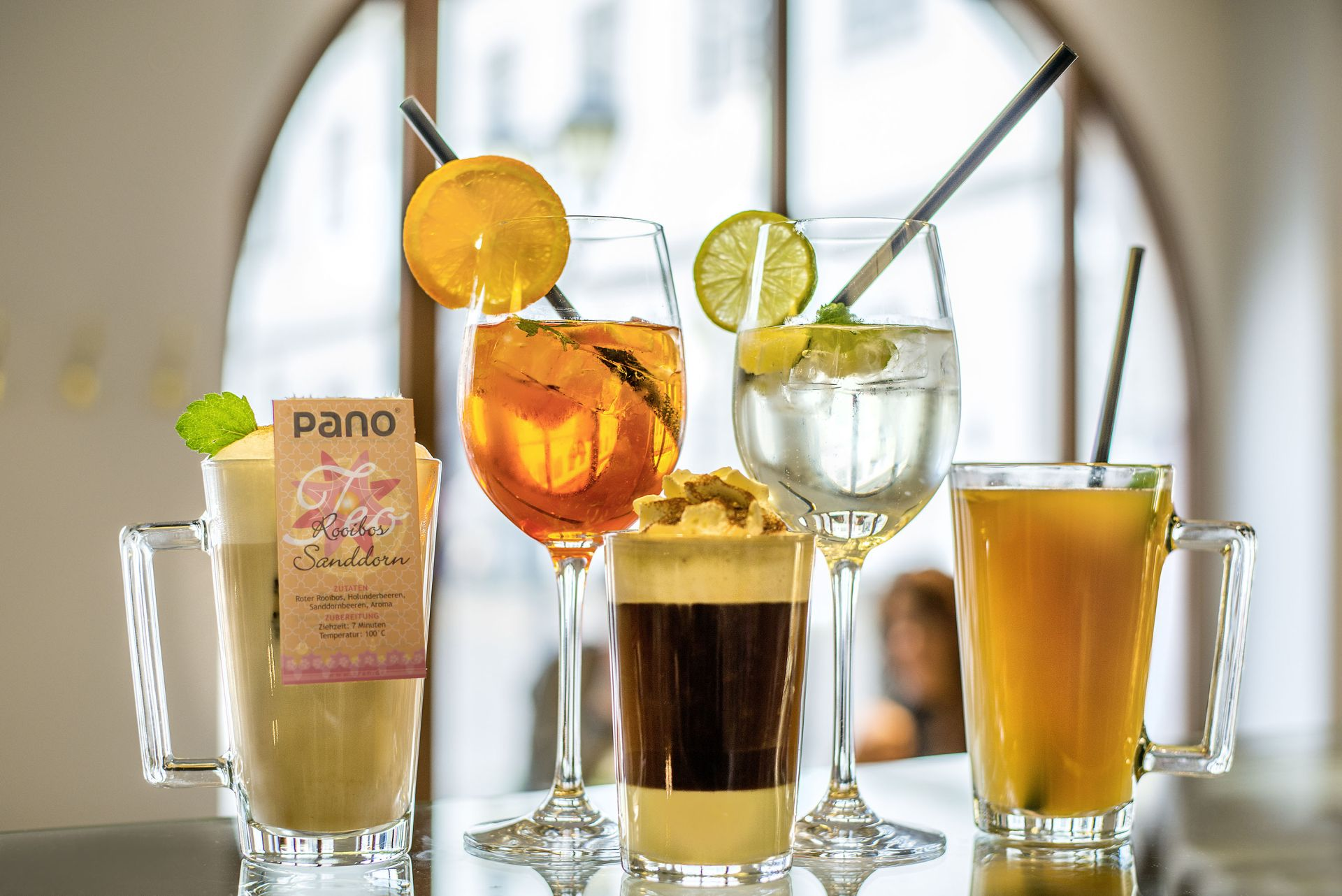 Leckere Cocktails in unserem Café